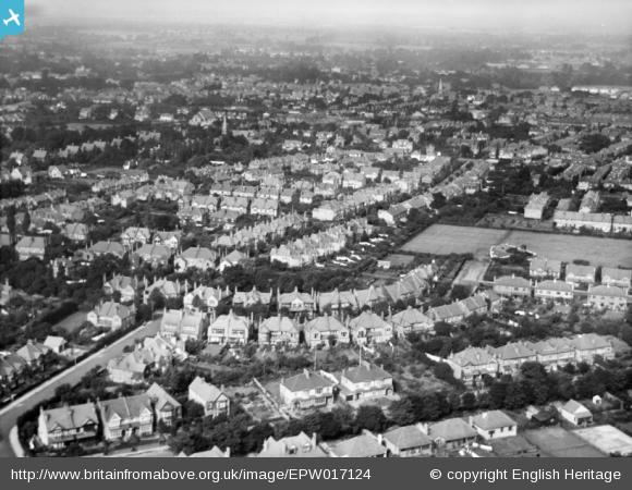 Identified by users: Hillside Gardens north and environs, Wallington, from the sough-east, 1926