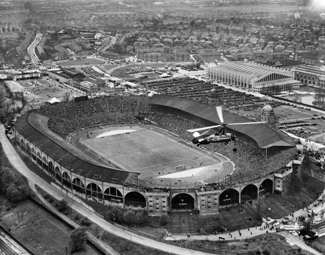 EPW046905, Wembley Park, the FA Cup Final between Sheffield Wednesday and West Bromwich Albion, 27 April 1935