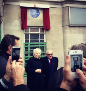 Thelma Schoonmaker, film editor and widow of Michael Powell, and film director Martin Scorsese unveil blue plaque.