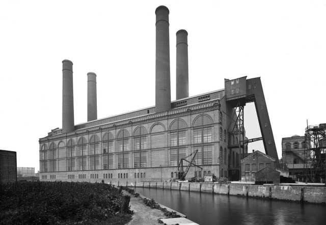 Lot's Road Power Station, Chelsea; upon completion in 1905 this steel-framed building it was likened to 'an elephant lying on its back with its four legs in the air'