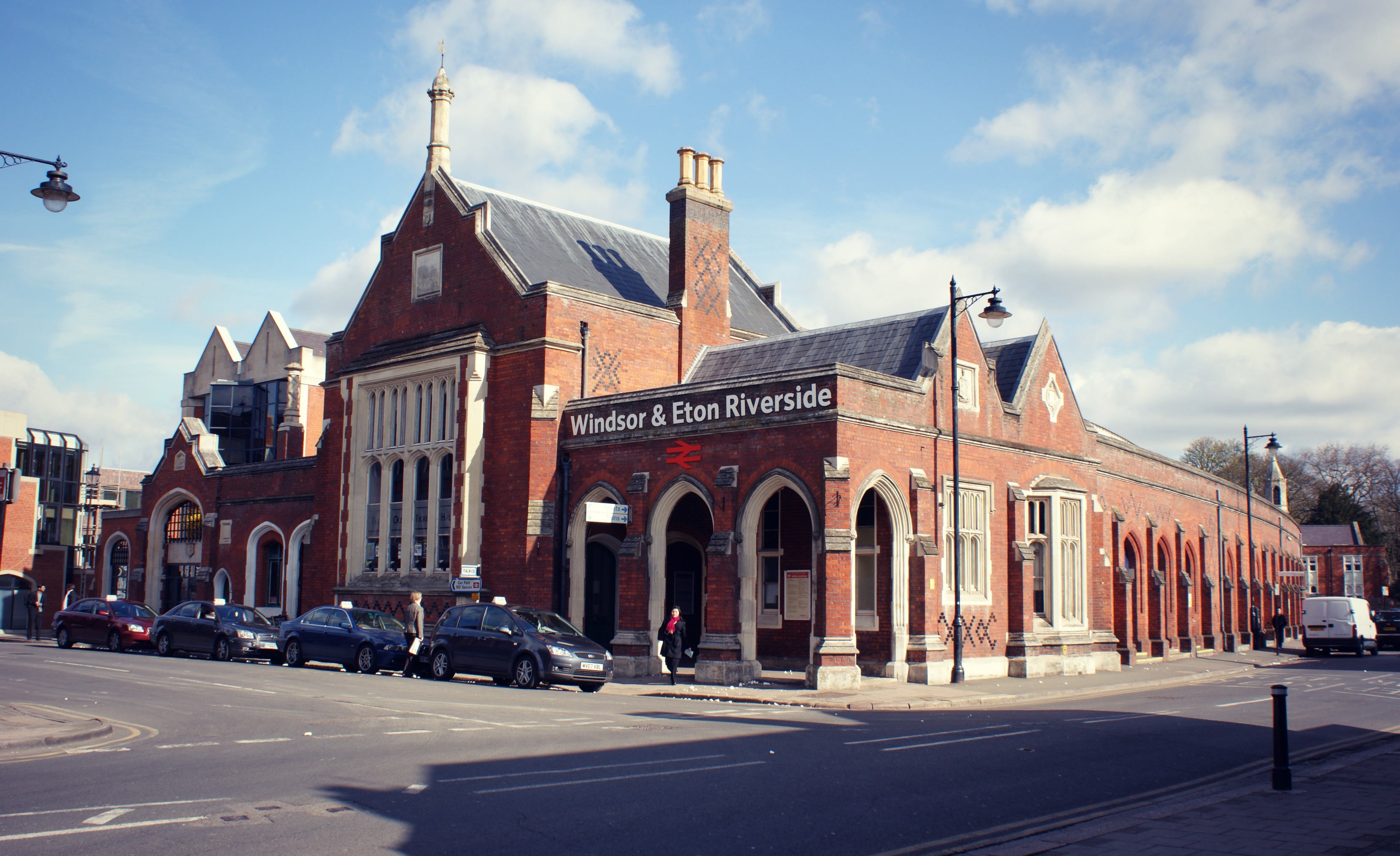 Windsor and Eton Central Train Station   Great Western Railway