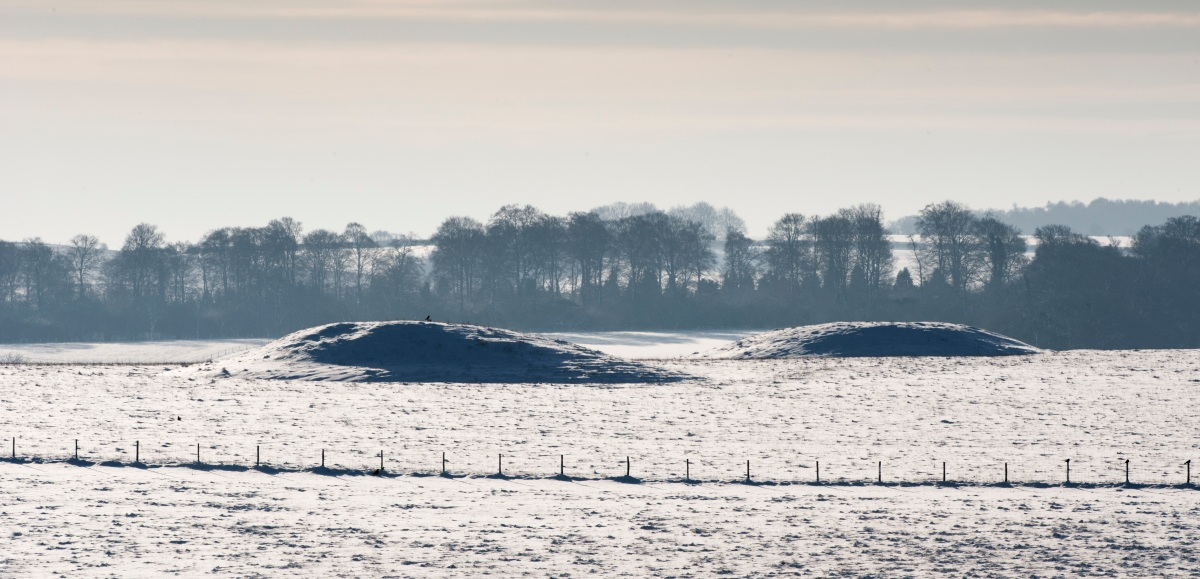 A Brief Introduction to Bronze Age Barrows