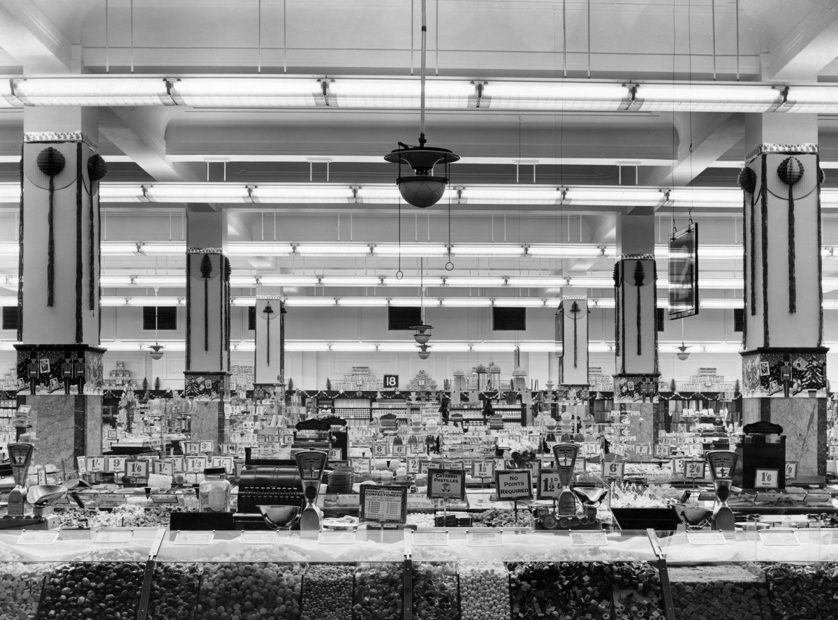 8 Classic Features To Help You Recognise an Old Woolworth's Store