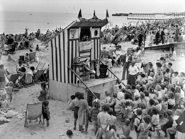 op00075 punch and judy show on the beach 1949 lowestoft