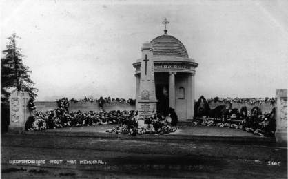 Archive image of the Bedfordshire and Hertfordshire War Memorial, following its unveiling and showing the original single central obelisk. © Martin Edwards.