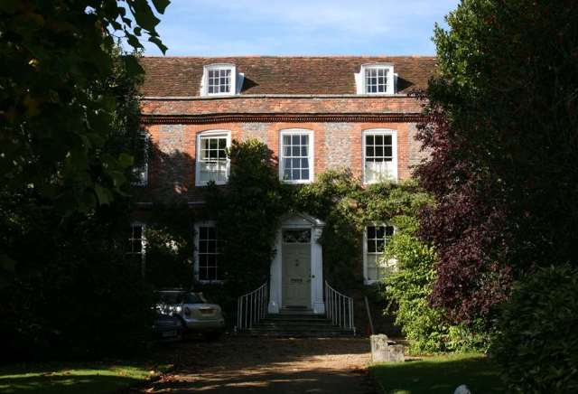 Chantry House, Steyning, West Sussex. c Nigel Purdey