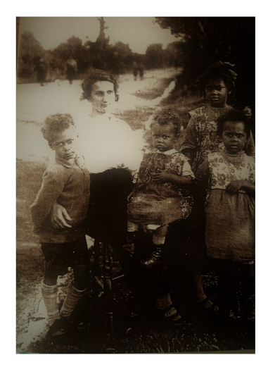 Gwenllian Hinds with four of her children