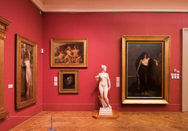 Gallery 8, Manchester Art Gallery with sculptures and paintings