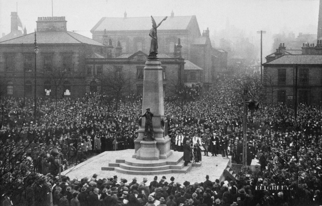 The unveiling of Keighley War Memorial with crowds gathered