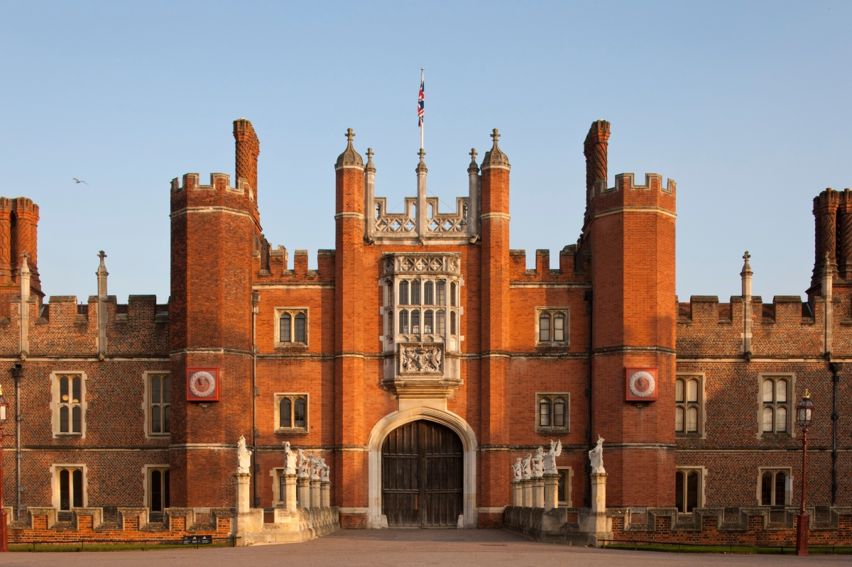 6 sensational surviving Tudor country houses
