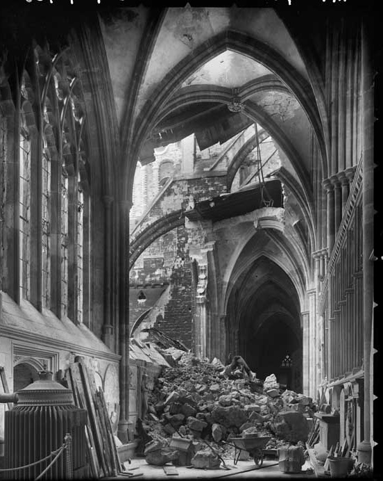 BLOG EXETER damage interior cathedral margaret tomlinson BB4200738